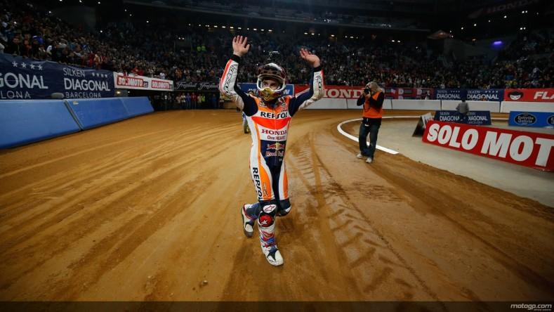 lorenzo-wins-class-at-abu-dhabi-12-hours-marquez-wins-superprestigio-photo-gallery_18