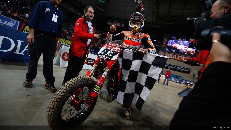 Marc Marquez raih gelar juara Superprestigio DTX 2014